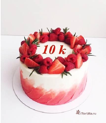 Торт ягодное кольцо