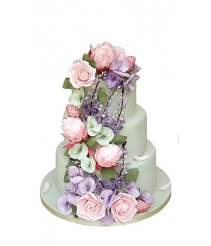 Торт с лилово розовыми цветами