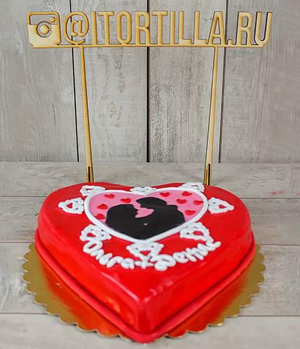 Торт влюбленные силуэты