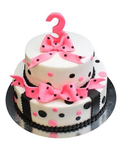 Торт на 3 года с бантом