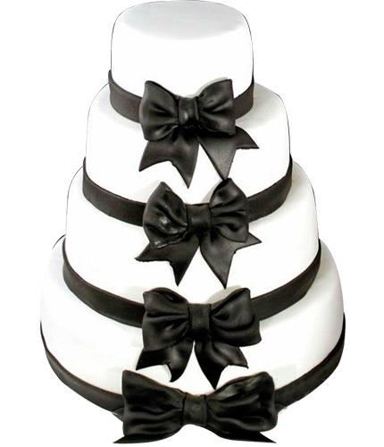 Торт с черными бантами