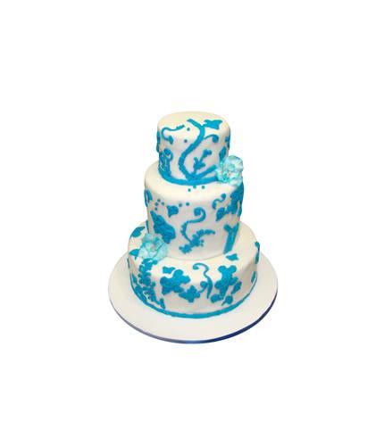 Торт с голубыми цветами